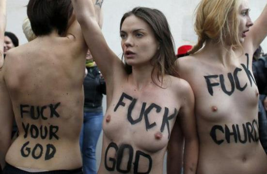 femen_god_church_catholic_religion_ukraine_caroline_fourest