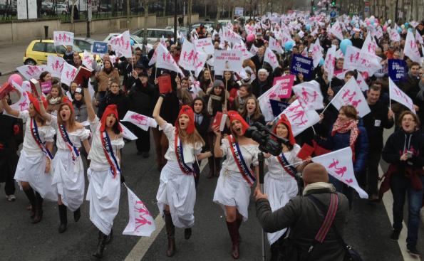 la_france_en_marche_contre_le_mariage_gay