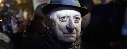 Pierre Berge est venu soutenir les manifestants pour le mariage pour tous et l'egalite des droits
